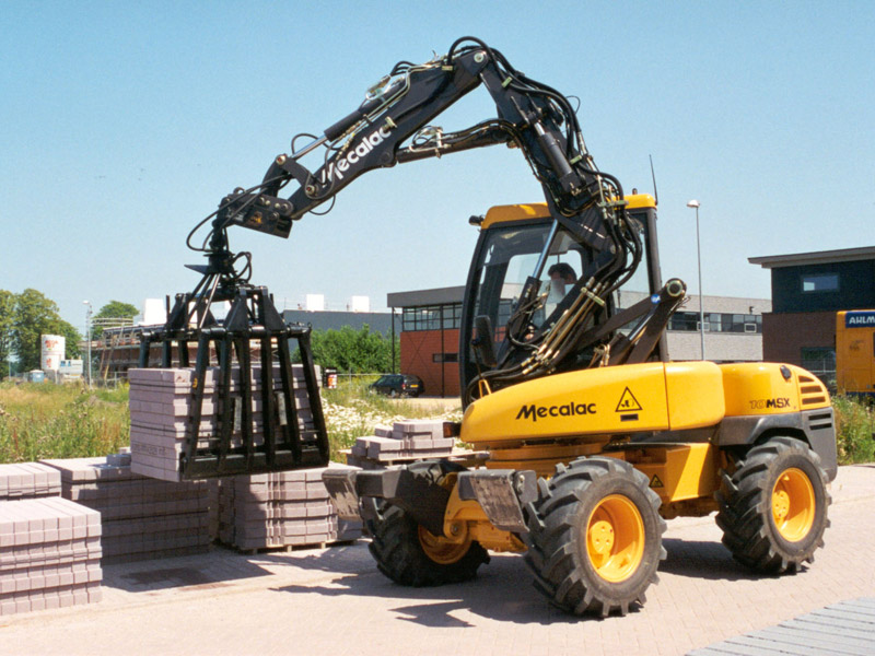 Mecalac Multigrondverzetmachine 10MSX